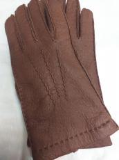 Női kesztyű 6501 modell, peccary bőr, konyak ,kézzel varrott, 100% kasmir bélelt